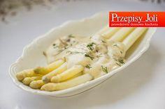 SZPARAGI Z SOSEM SEROWO-PIECZARKOWYM - pyszny delikatny smak białych szparagów. Polecam na obiad lub jako przystawkęna specjalnąokazję.