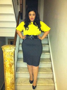 {Not-So-Mellow Yellow} REAL Curvy Girl inspiration from Allison McGevna, her blog: Inside Allie's World