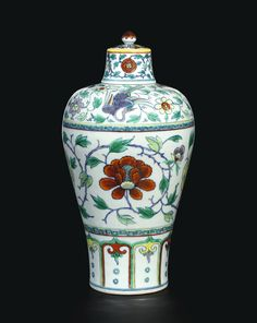 FINE, LARGE AND BRILLIANTLY ENAMELLED DOUCAI 'PHOENIX AND PEONY' MEIPING AND COVER QING DYNASTY, 18TH CENTURY