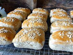 Havrebriks - Fra mitt kjøkken Hamburger, Bread, Baking, Food, Bakken, Breads, Hamburgers, Meals, Backen