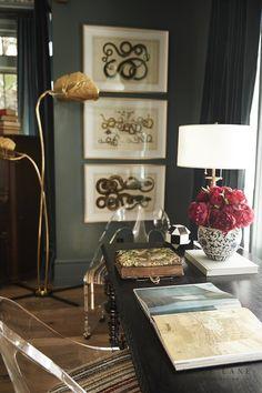 Tiger Oak - Alice Lane Home Interior Design Interior Design Photos, Office Interior Design, Interior Decorating, Living Room Inspiration, Interior Inspiration, Alice Lane Home, Monochromatic Room, New Home Designs, Eclectic Decor