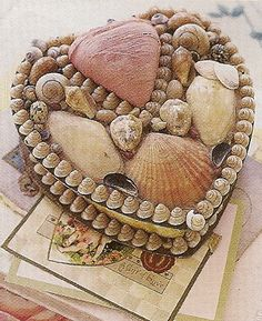 Shell Box - Victorian Heart Style