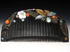 【桃】アンティーク髪飾り:金工螺鈿つく羽根正月図