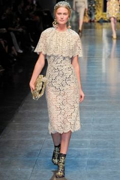 Dolce & Gabbana - CAPELETTE DRESS