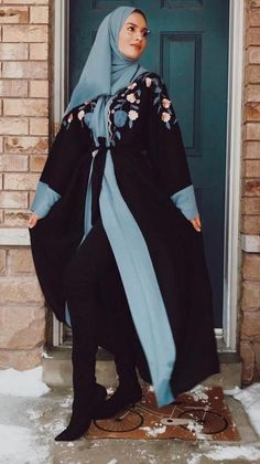 Aaliya Collections offers stylish yet modest Islamic clothing. Browse our luxurious collection of Abayas, Hijabs, Dresses & Jackets. We ship worldwide! Abaya Fashion, Muslim Fashion, Modest Fashion, Perfect Image, Perfect Photo, Pakistani Dresses Casual, Modest Wear, Islamic Clothing, Mode Hijab