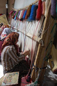 Carpet Knotting - Iran
