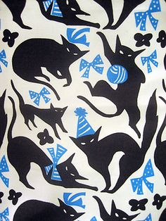 黒猫【textile design makumo】 Dressed up kitten-kattens on fabric. Textile Patterns, Textile Prints, Textile Design, Textile Art, Print Patterns, Textiles, Cat Fabric, Retro Fabric, Illustrations