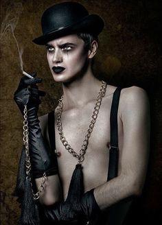 Burlesque Makeup, Circus Makeup, Carnival Makeup, Burlesque Costumes, Clown Makeup, Halloween Makeup, Goth Makeup, Makeup Inspo, Steampunk Makeup