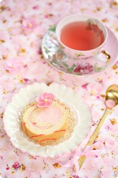 Cup of tea Coffee Time, Tea Time, Afternoon Tea Parties, All I Ever Wanted, Rose Tea, Kawaii Shop, My Cup Of Tea, It Goes On, Tea Cakes