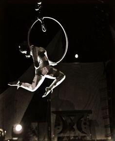 Go to a Cirque du Soleil show!!!