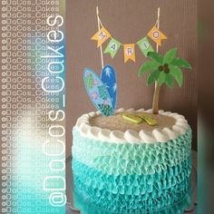 Hawaian party! Luau Birthday Cakes, Pool Party Cakes, Pool Cake, Pool Party Themes, Moana Birthday Party, Hawaiian Birthday, Moana Party, Luau Party, Birthday Party Decorations