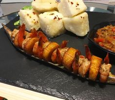 Bowled yam, alloco and shrimp