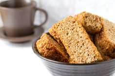 A Super Easy and Healthy Weetbix Rusks Recipe. Easy Delicious Recipes, Great Recipes, Yummy Food, Favorite Recipes, Tasty Meals, South African Recipes, Ethnic Recipes, Rusk Recipe, Low Carb Deserts