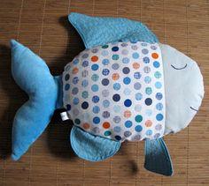 kit coudre complet les poissons exotiques en tissu cama eu bleu tendance t haute couture. Black Bedroom Furniture Sets. Home Design Ideas