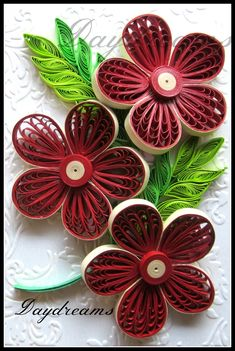 *QUILLING ~ DAYDREAMS: Quilled flowers using multi strips loops