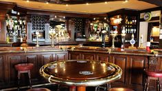 Dining in Lower Largo   Crusoe Bar   Castaway Restaurant