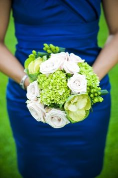 Beautiful color combo for a beach wedding - Photography by Purple Martini Wedding