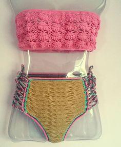 Se estou apaixonada? Com toda certeza. ... #ateliercamilaloren #feitoamao #handmade #slowfashion #modapraia #biquini #bikinicrochet #modasustentavel #ecomoda #economiacriativa #compredequemfaz #compredopequeno #lookdodia #moda #crochet #instacrochet #instafashion