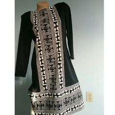Donna Morgan dress Black with tribal print Lightly worn Donna Morgan Dresses Long Sleeve