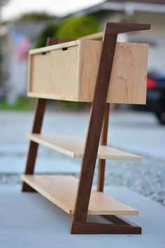 Shelf and storage cabinet for shoes and entrance hall furniture Woodworking Furniture, Plywood Furniture, Furniture Projects, Cool Furniture, Wood Projects, Woodworking Projects, Furniture Design, Modern Wood Furniture, Furniture Outlet