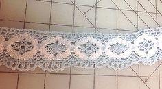 Vintage Crochet Flower Trim   1 1/2 inches wide  1 yard