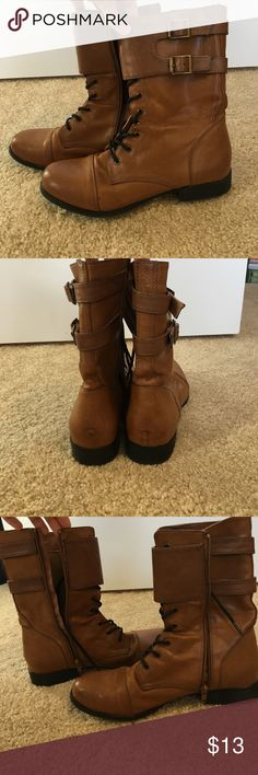 F21 Combat Boots Size 8.5, is up. Slightly worn, very good condition Forever 21 Shoes Combat & Moto Boots