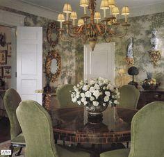 Classic New York Park Avenue apartment, dining room