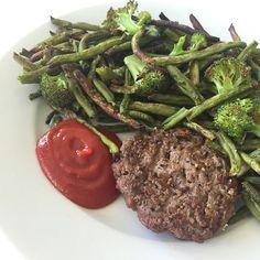 I'm a fan 😍👌🏼💪🏼 #fitfamdk #motivation #workout #transformation sund köttfärs biff ketchup haricot vertes pommes gröna bönor  via ✨ @padgram ✨(http://dl.padgram.com)