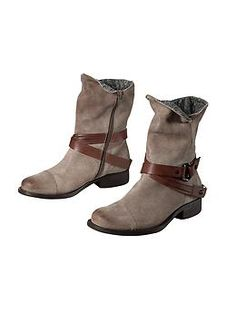 Bridgeport Boot by Off The Beaten Track® - I want these!