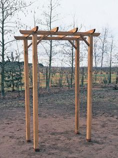 How to Build an Arbor With a Bench | how-tos | DIY