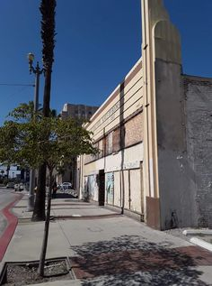 Long Beach, Buildings