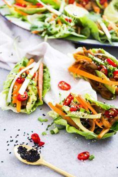 Sla taco's met pulled paddo's, een heerlijk gerecht om met zijn tweetjes te delen. Ook fijn om te eten tijdens de lunch!