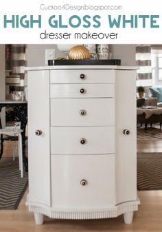 Kitchen dresser makeover with white high gloss oil paint #oilpaint #glosswhite #paintedfresser #furnituremakeover #rustoleum