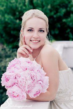 Must have Bride pic - Dokumentaarinen Hääkuvaus «