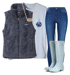 """Hunter boots with vest"" by anappleadaykeepsfashionuptodate ❤ liked on Polyvore featuring Patagonia, Hunter and Kendra Scott"