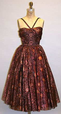 Evening Dress, Traina-Norell (American, founded American, silk. Lace Evening Dresses, Evening Gowns, Vintage Dresses, Vintage Outfits, Nice Outfits, Vintage Lace, Vintage Sewing, Vintage Style, 1950s Fashion