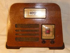 Vintage Radios On Pinterest Radios Antique Radio And