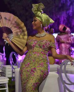 This green and pink color combination is perfection! #traditionalwedding #asoebi #naijaweddings #munatrad // #Repost @nkechi.bakare.art.advisory  Wedding After party vibes #photography by @dolaposh dress by @lanredasilvaajayi gele by bae @aishabashir #nikisean2016 #nikisean16 #traditionalnigerianwedding #party #weddingparty #bling #rubies