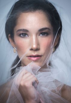 Rachel Jordan offers wedding makeup in Seattle and Spokane, WA. Her focus is always on fresh skin, lush lashes, and sparkly eyes. Spokane Washington, Washington State, Soft Wedding Makeup, Luxury Beauty, Makeup Inspiration, Veil, Fashion, Moda, Fashion Styles