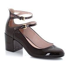b74b23651c6 182 meilleures images du tableau Shoes Black Chaussures femmes ...