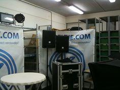 Wat decorstukken en achtergronden van de studio.