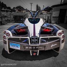 The Pagani Huayra - Super Car Center Bugatti, Lamborghini, Ferrari, Maserati, Porsche, Audi, Moto Ducati, Pagani Huayra, Sexy Cars