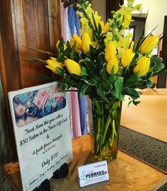 Mother's Day is Sunday! Get a $50 Salon gift certificate PLUS a beautiful fresh flower bouquet from Shelly's Florist (valued at $50) for only $79! Perfect for any Mom Aunt Grandma or for yourself!  #mothersday #freshflowers #treatmom  #family
