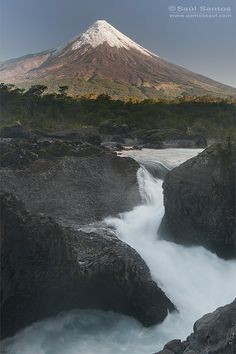 Petrohue Waterfall and Osorno Volcano, Vicente Perez Rosales National Park, Patagonia, Chile Beautiful World, Beautiful Places, Adventure Is Out There, Countries Of The World, Beautiful Landscapes, Wonders Of The World, South America, Mother Nature, Landscape Photography