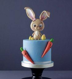 Easter Cake Fondant, Easter Cake Easy, Easter Bunny Cake, Chocolate Easter Bunny, Fondant Cakes, Cupcake Cakes, Fondant Rabbit, Rabbit Cake, Miffy Cake