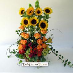 Good morning sunshine #davidjeffreyflorist #flowers #florist #events #holidays #customfloraldesigns #love #romance #thousandoaks #westlakevillage #calabasas #oakpark #agourahill #newburypark #camarillo #ventura #simivalley #moorpark