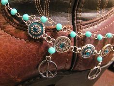 Boot Candy / Boot Bracelet - I would swap the peace signs out for crosses. Cowgirl Western Wear, Western Wear For Women, Cowgirl Boots, Boot Bling, Bling Shoes, Cowgirl Bling, Boot Bracelet, Cuff Bracelets, Buckle Boots