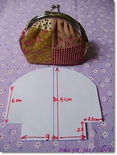Patchwork purse with metal clap ♥purse pattern to trywhere do you buy the metal closures?pattern for coin purse frameRisultati immagini per patchwork macaron wallet tutorial Coin Purse Pattern, Coin Purse Tutorial, Purse Patterns, Wallet Tutorial, Patchwork Bags, Quilted Bag, Sewing Hacks, Sewing Tutorials, Bag Quilt