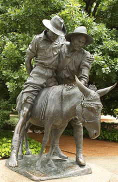 Simpson and his donkey 1915 statue by Anna Calvert Photography, via Flickr