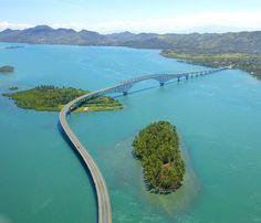 San Juanico Bridge connects the island of Leyte with Samar.